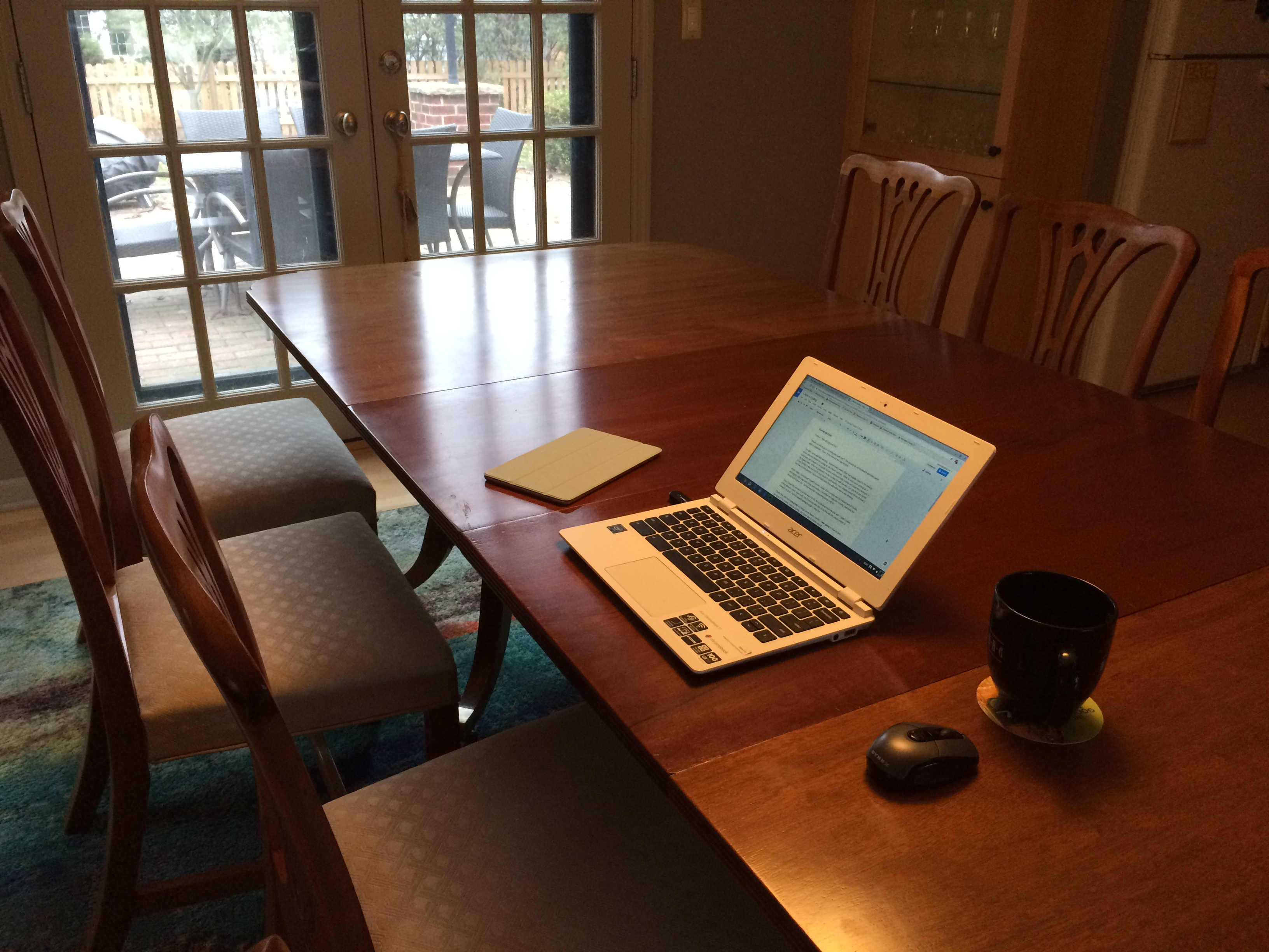 Writing at Sinclair Lewis' table (1)